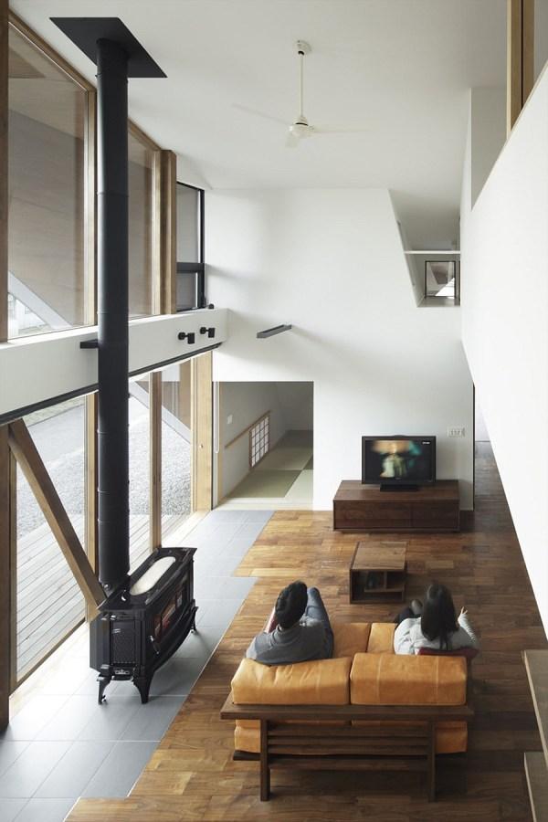 Creative Origami House In Japan Combines Distinct