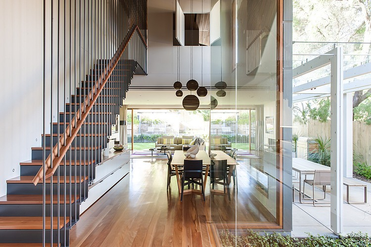 Chic Sydney House Extends Its Living Area With A Cool