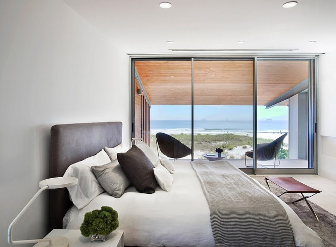 View In Gallery Hint Of Leather Brings Elegance To The Amazing Bedroom With Ocean 50 Stunningly Stylish Bedrooms