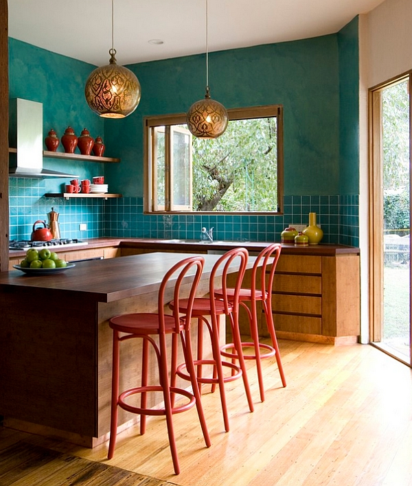 Teal used along with red and gold in the eclectic kitchen Hot Color Trends: Three Fashionable Hues That Serve You All Year Long Year Trends Three Serve Long Hues Fashionable Color