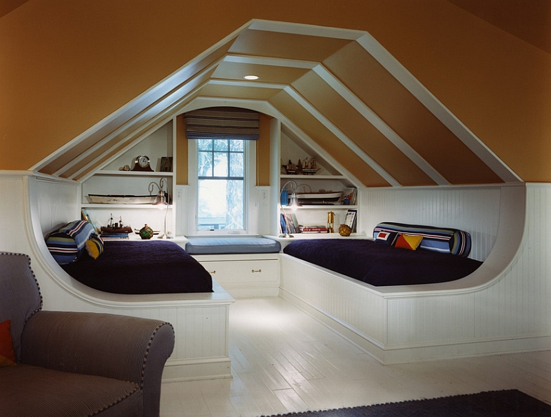 Slanted ceiling bedroom ideas for How to decorate slanted ceilings