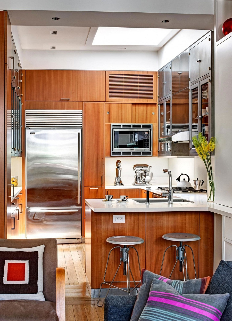 Inspired Manhattan Apartment Showcases Dashing Color And