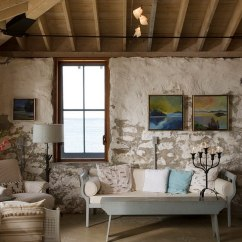 Rustic Paint Colors For Living Rooms Low Seating Room 30 Ideas A Cozy Organic Home View In Gallery Add Flea Market Find To Give The Space More Authentic Look Design