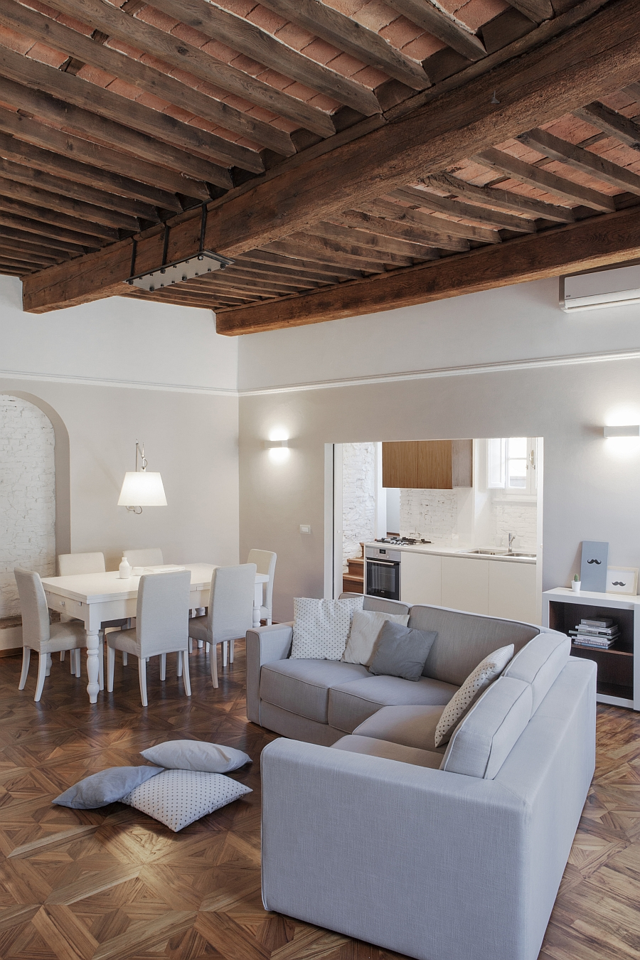 Smart Renovation Of Historic Italian Apartment