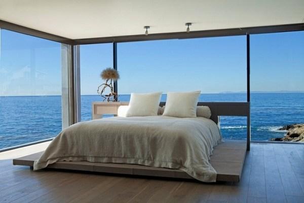modern bedroom with ocean view 10 Modern Bedrooms With An Ocean View