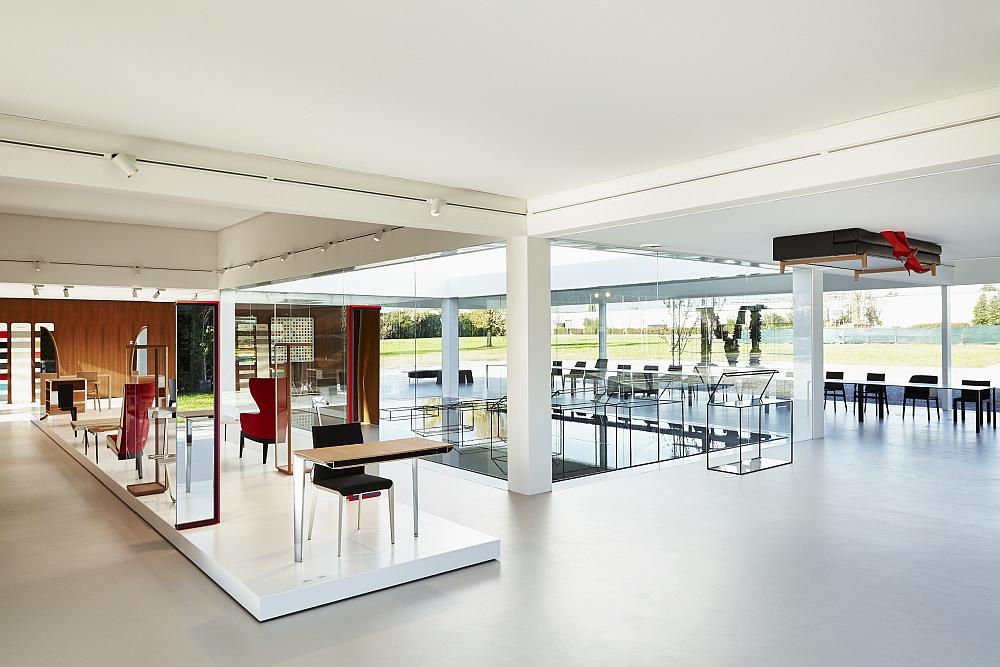 small sofa set images single cushion sleeper glass cube: molteni&c and ron gilad redefine showroom design!