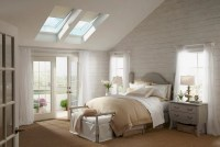23 Stylish Bedrooms That Bring Home the Beauty of Skylights!