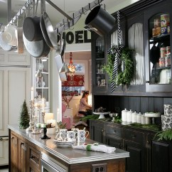 Decor For Kitchen Used Commercial Equipment Buyers Christmas Decorating Ideas That Add Festive Charm To Your View In Gallery Modern Idea The Holiday Season Design Kipnis Architecture Planning