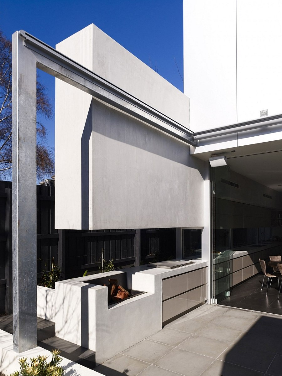 Edwardian Home in Melbourne Gets a Classy Modern Extension