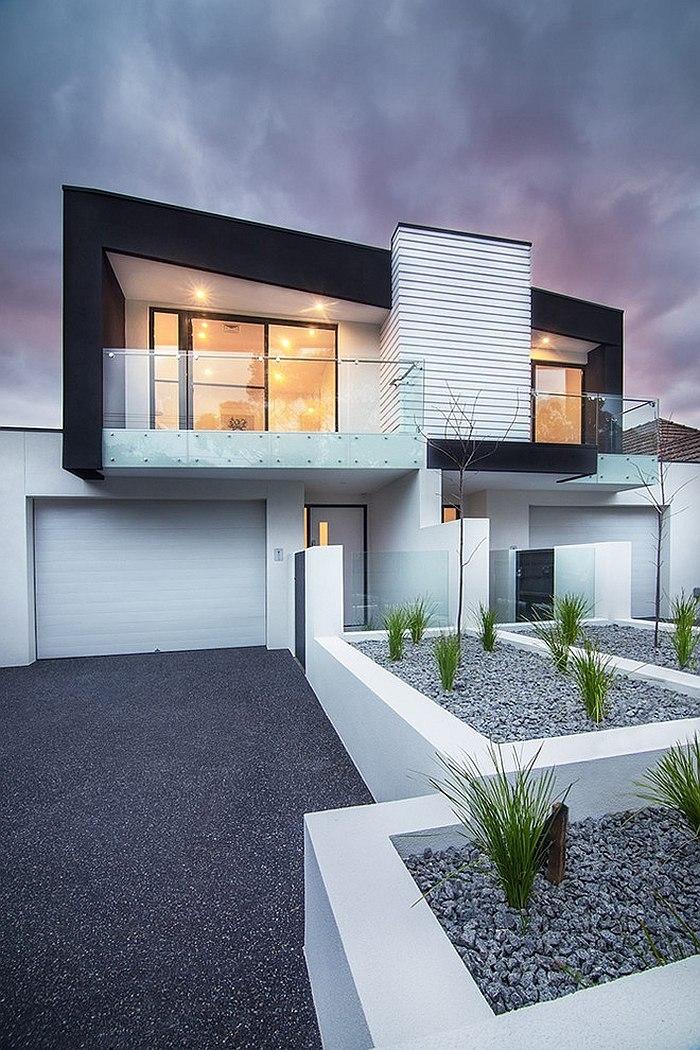 Brighton Duplex Sparkling Townhouses with Breezy Modern Elegance