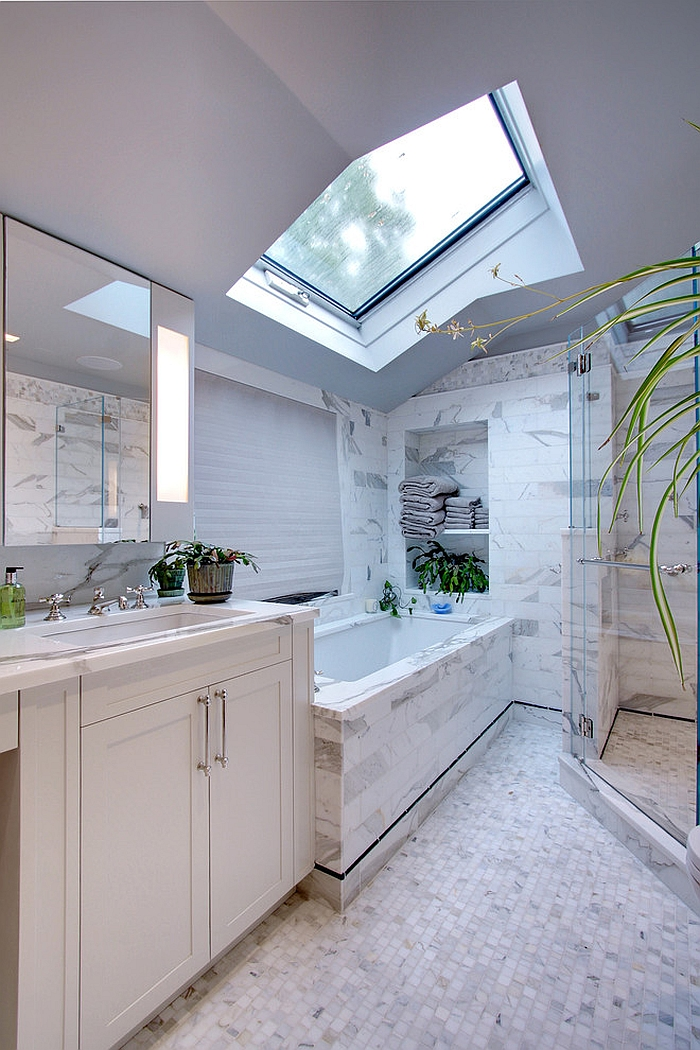 23 Gorgeous Bathrooms That Unleash The Radiance Of Skylights