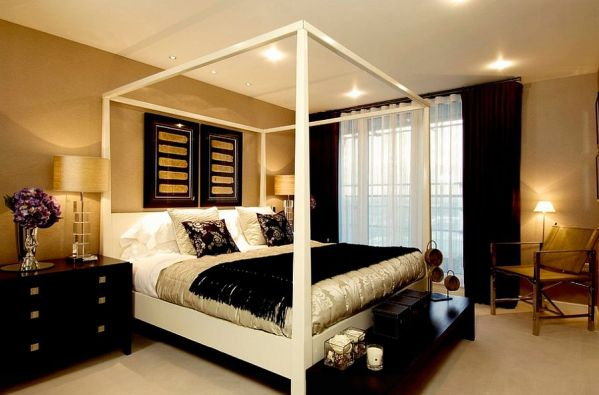 gold and white master bedroom 15 Refined Decorating Ideas in Glittering Black and Gold