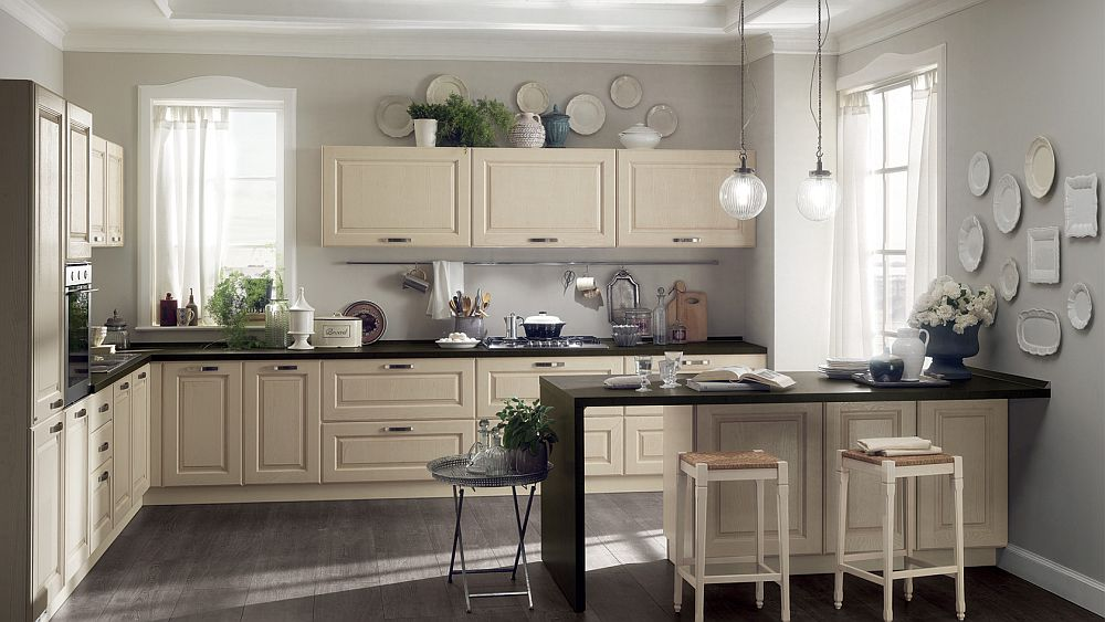 14 Dreamy Italian Kitchens Laced with Refined Traditional