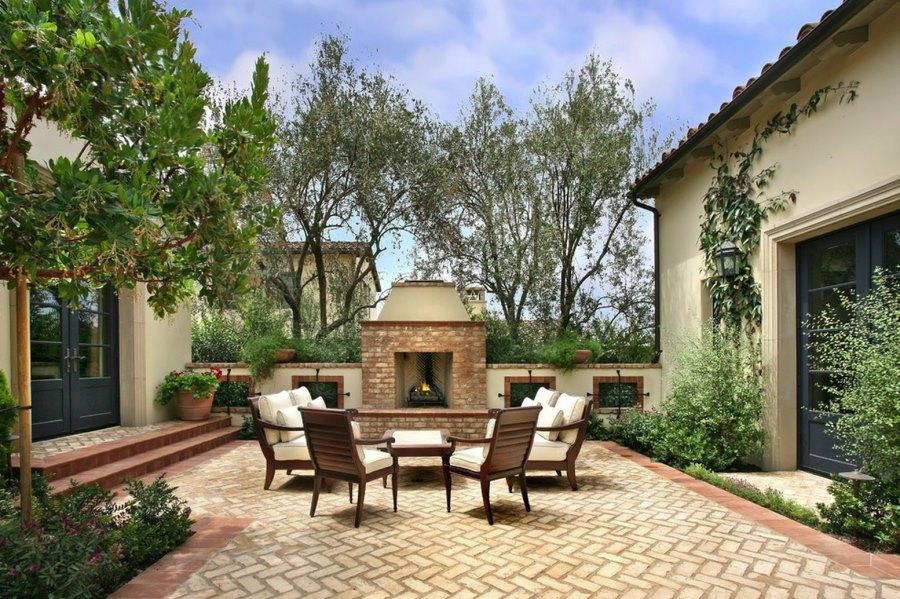 italian dining chairs australia amazon xmas chair covers 20 charming brick patio designs