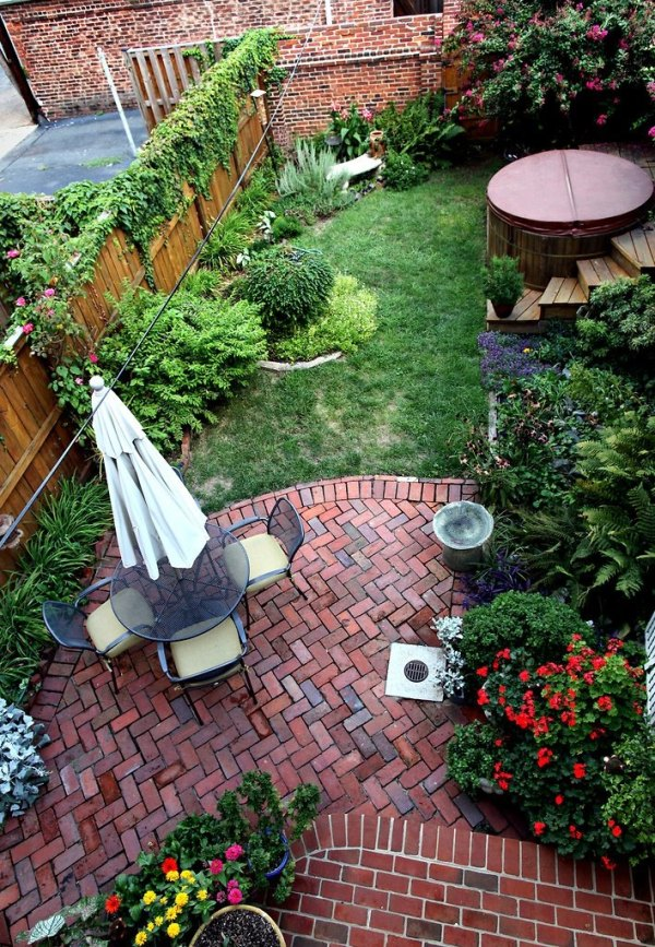 charming brick patio design