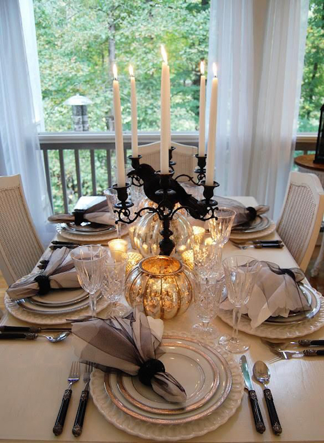 20 Halloween Inspired Table Settings To Wow Your Dinner