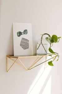 How to Style Decorative Shelves