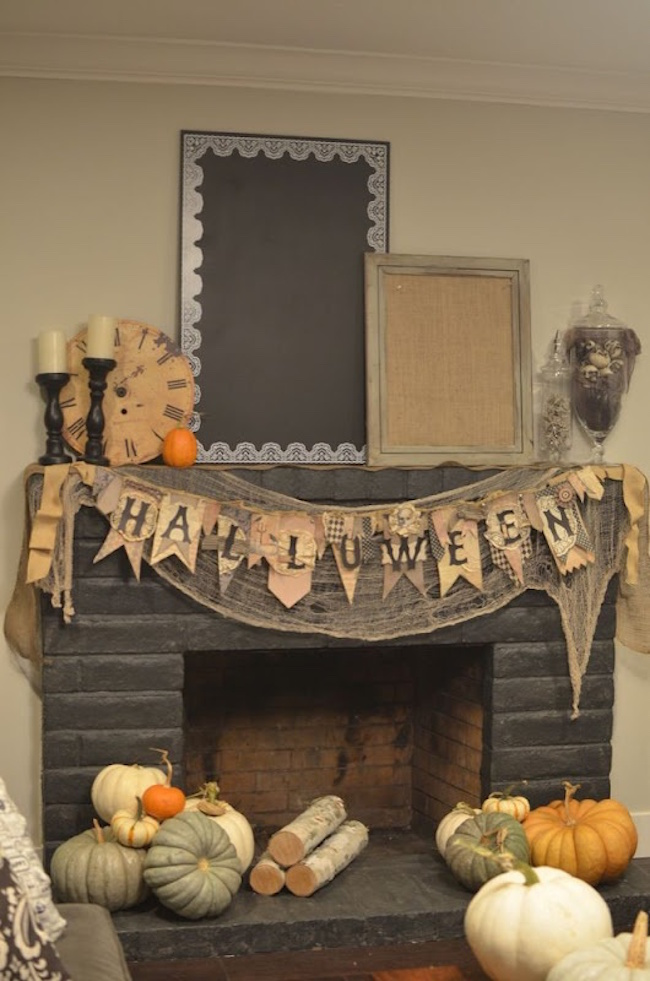 View In Gallery Fireplace Decor With A Vintage Look