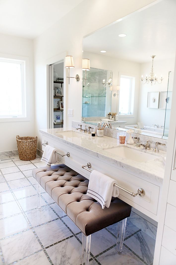 Bathroom Vanities With Sitting Area
