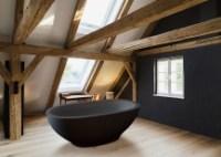Dark Indulgence: 18 Black Bathtubs for a Stylish, Dashing ...