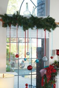 7 Festive Decorations to Hang in Your Windows for the