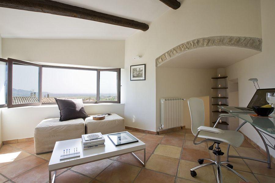 20 interiors that embrace the warm rustic beauty of terracotta tiles - Terra Cotta Tile Apartment 2015
