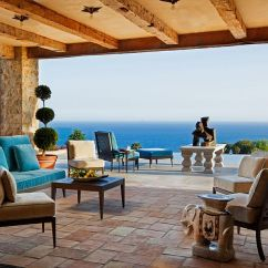 Ideas How To Decorate Living Room Wall Clock Luxurious Tuscan Style Malibu Villa By Paul Brant Williger ...