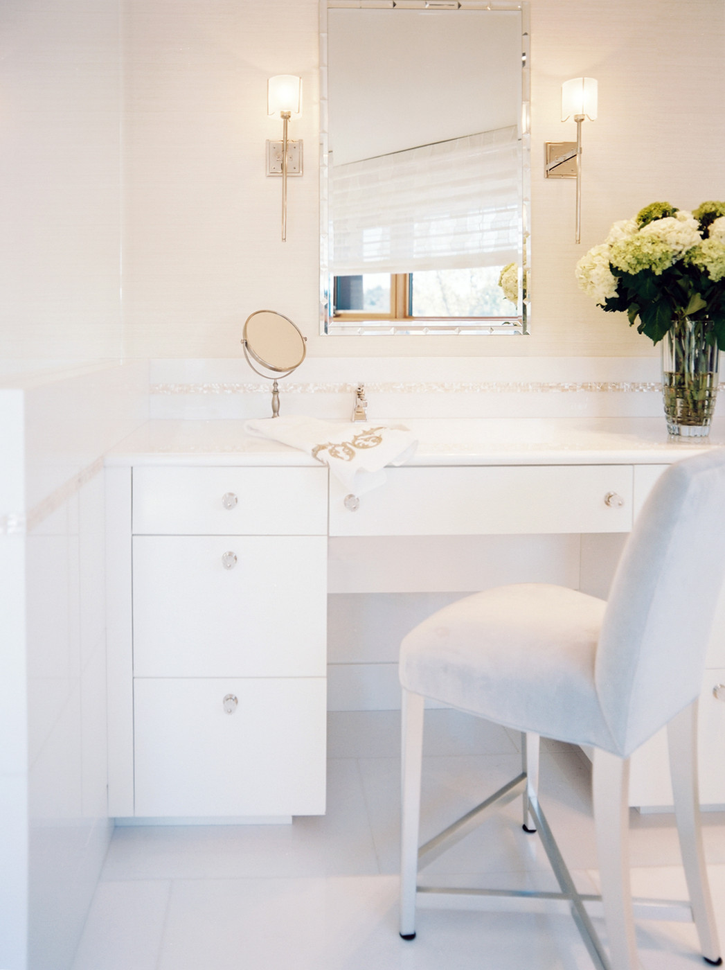 The Luxury Look of HighEnd Bathroom Vanities
