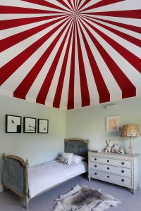 Fiery and Fascinating: 25 Kids' Bedrooms Wrapped in Shades ...