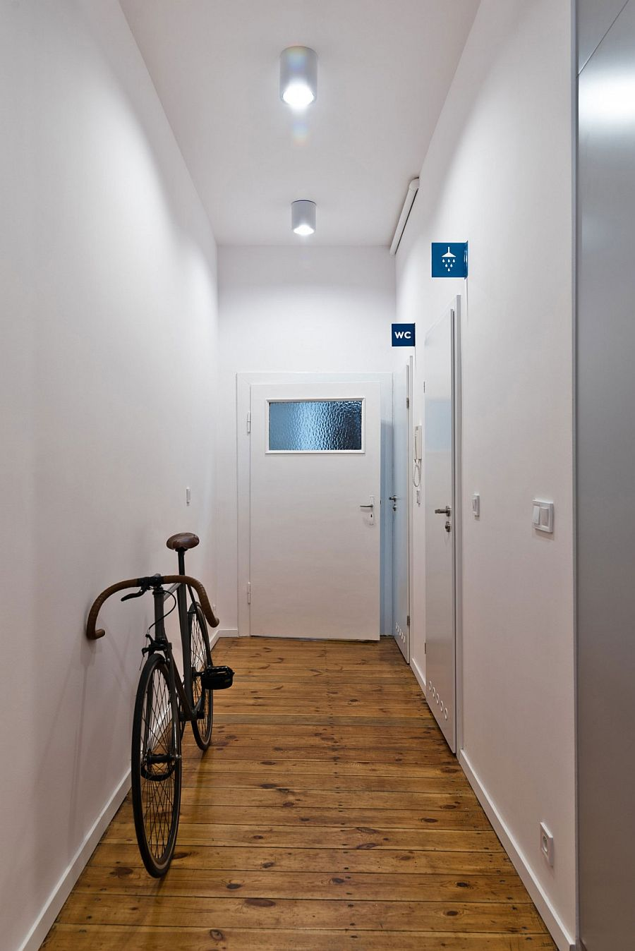Tiny Student Apartment In Poznan Works Magic With Limited