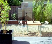 Modern outdoor fountain - Decoist