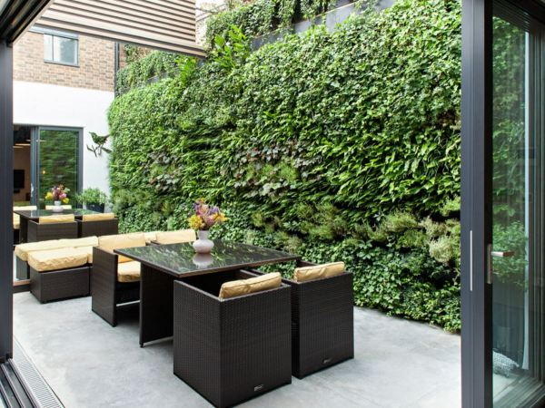 Green 20 Vertical Garden Ideas