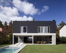 Modern Minimalist Concrete House Design