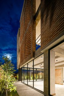 Green Faade Distinct Double-story Porch Greets