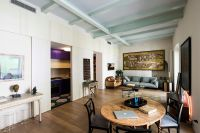 Retro Meets Modern Inside Renovated Apartment That Dates ...