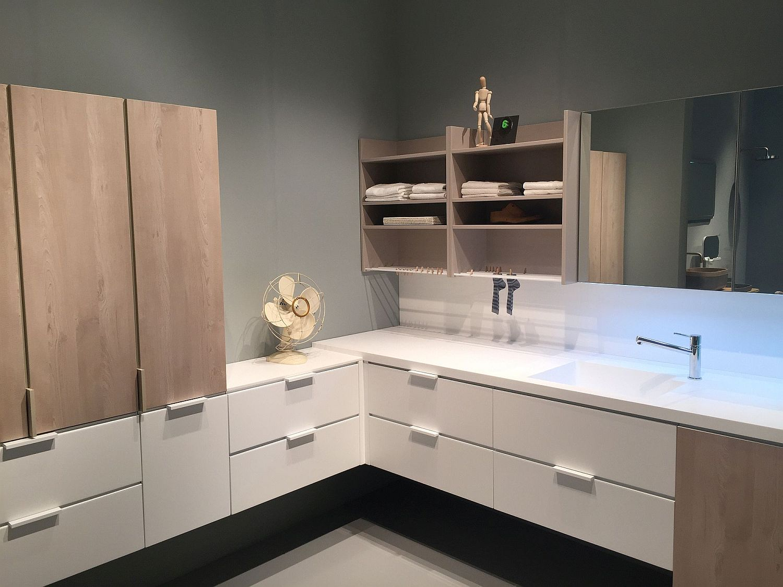 Exquisite Contemporary Bathroom Vanities with SpaceSavvy