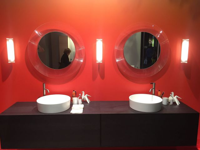 Reflection of Style 20 Dashing Mirrors to plete Your Dream