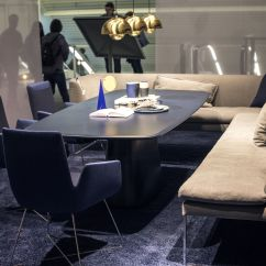 Restaurant Sofa Booth Seating Protectors Cat Scratching Serve It Bright 15 Ways To Add Color Your Contemporary