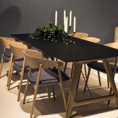 Black Dining Table And Chairs Chair Back Support A Natural Upgrade 25 Wooden Tables To Brighten Your