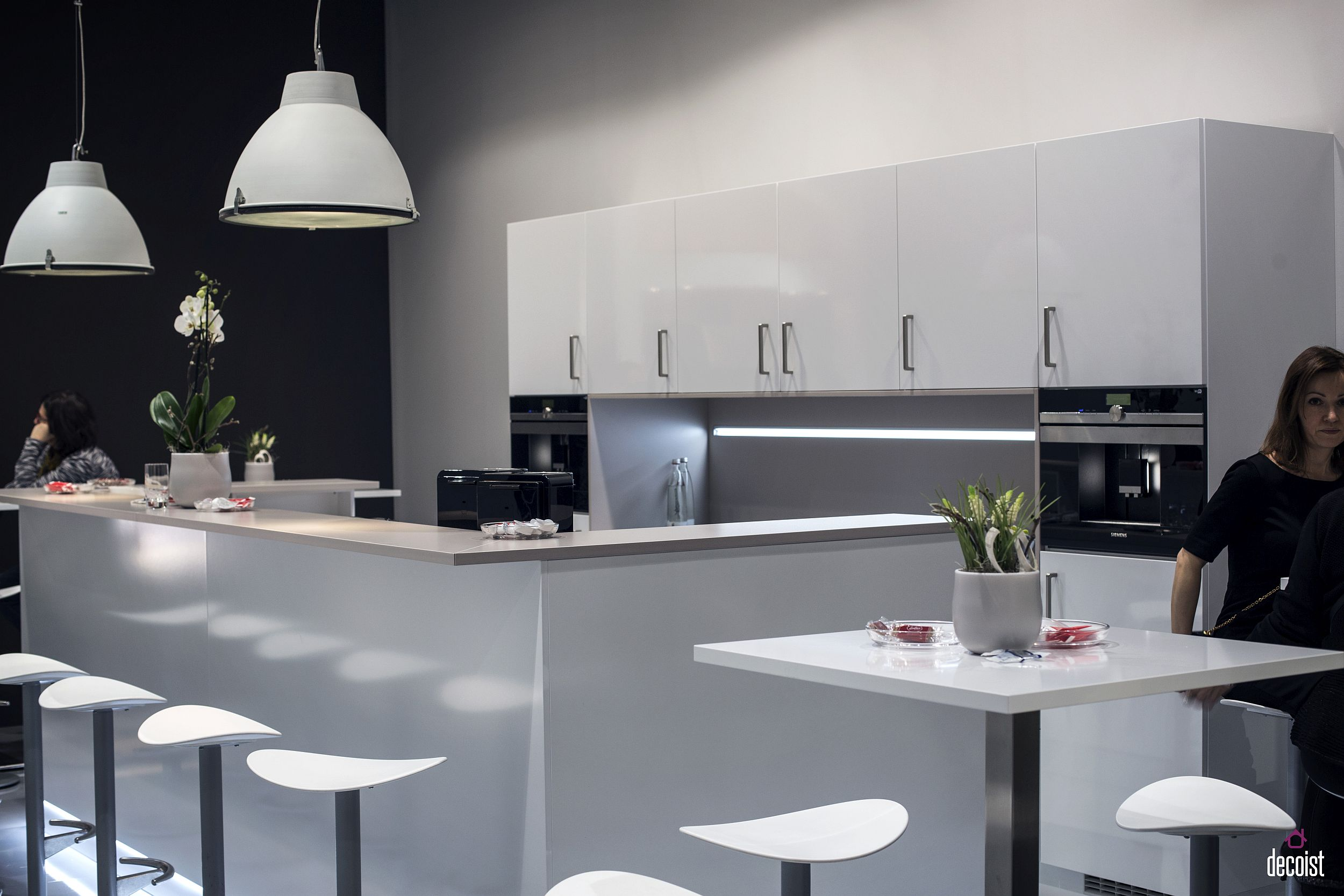 Bar Counter Modern Design