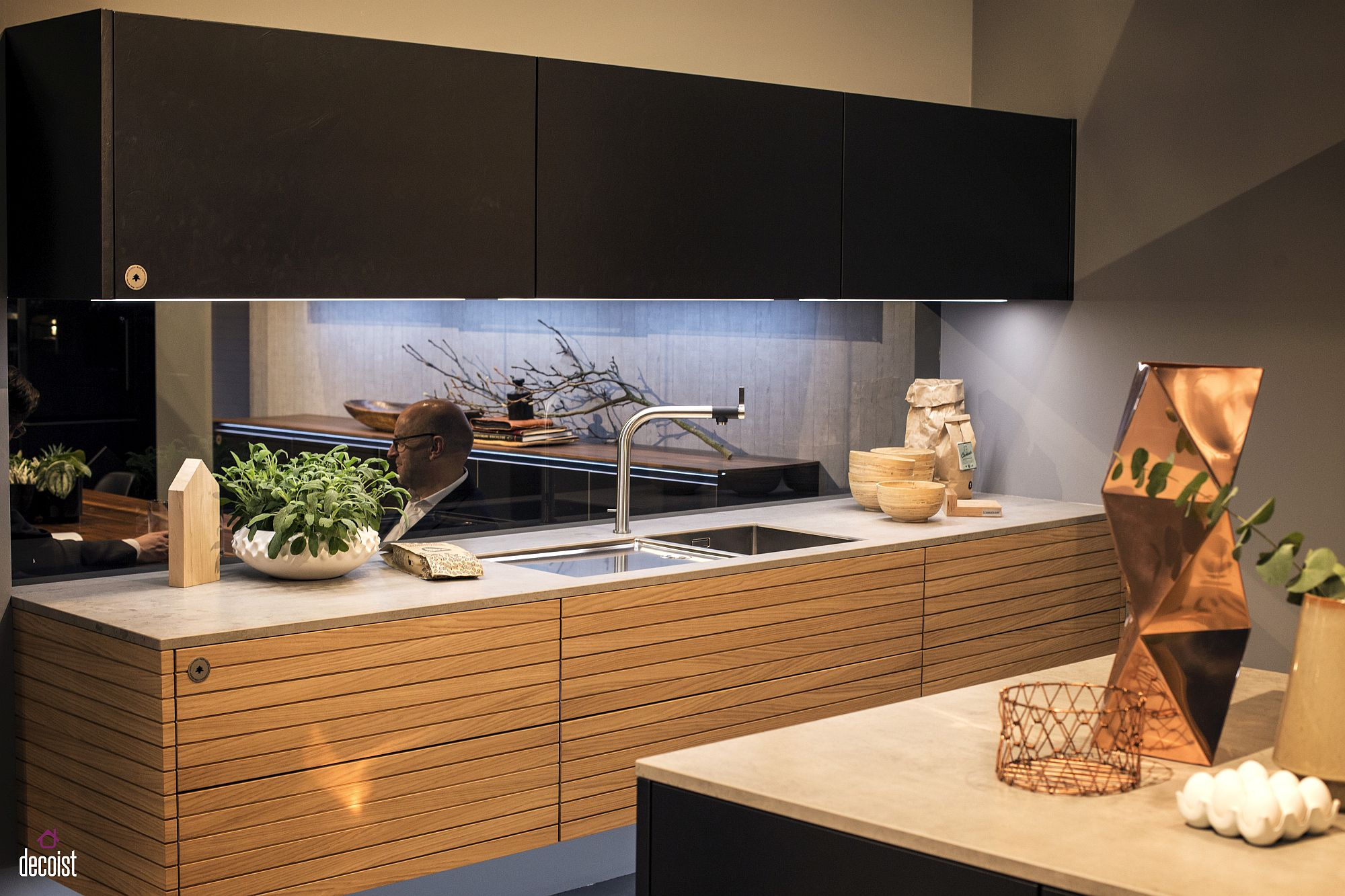 Under Cabinet Strip Lighting Kitchen