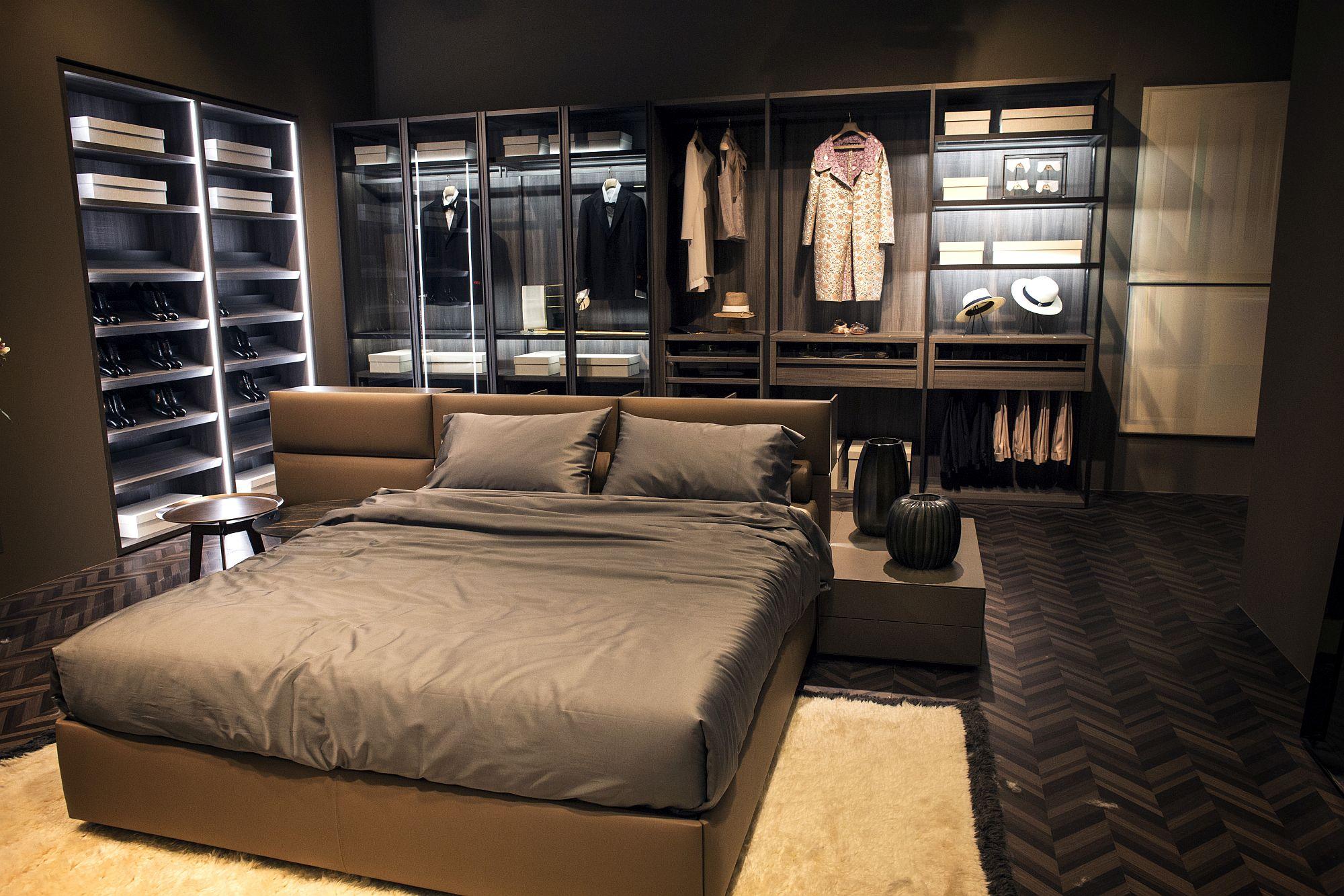 An Organized Wardrobe 15 SpaceSavvy and Stylish Closet Ideas
