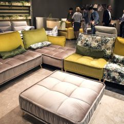Modern Sofa Colors Cheap Sets Online Uk Seasonal Finds Trendy Sofas And Sectionals That Captivate