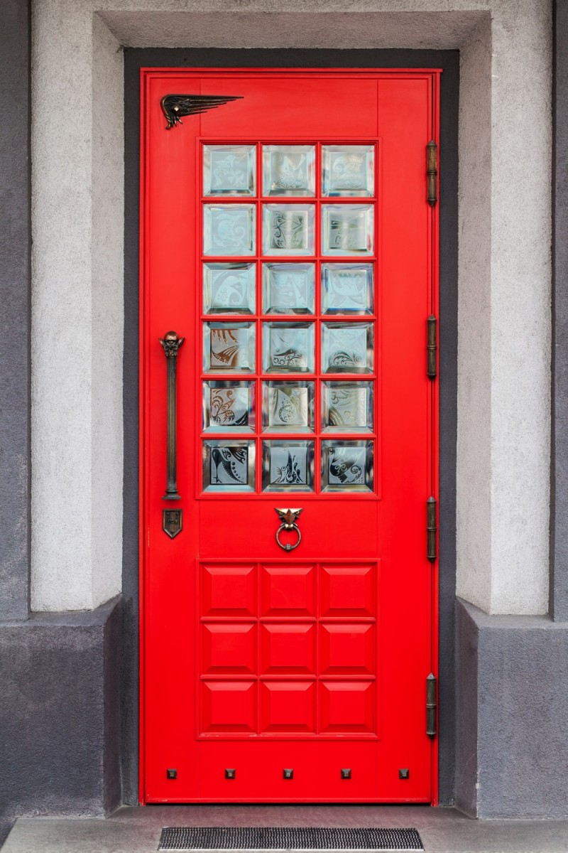 Creating a Charming Entryway with Red Front Doors