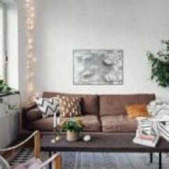 Lighting For Living Rooms Ideas With Ottomans 30 Ways To Create A Romantic Ambiance String Lights Bedroom S Enchanting Atmosphere