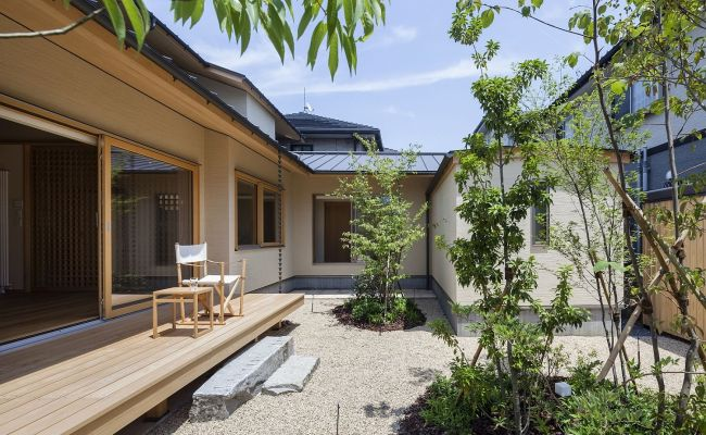 A World Of Contrasts Modern Japanese Home For An Elderly