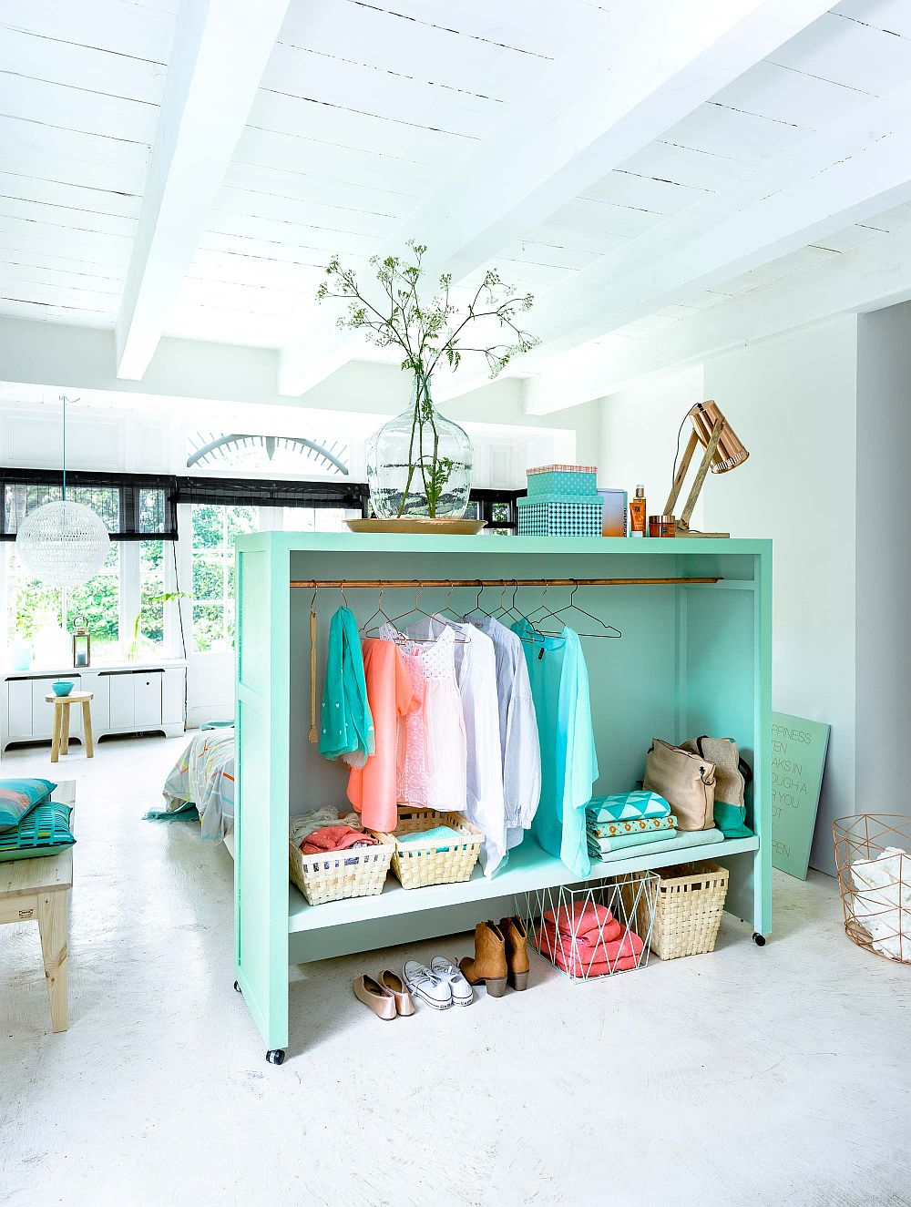 15 diy bedroom storage