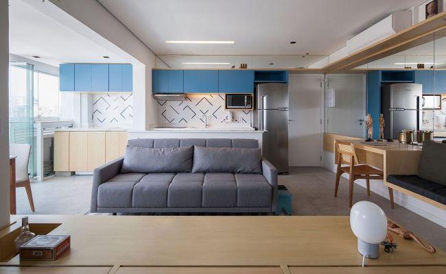 Sliding Doors And Multi Functional Wall Shape Tiny São