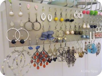 1000 Wall Mounted Jewelry Storage