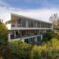 2500 Briarcrest Beverly Hills 395 000